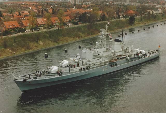 """Training ship """"Deutschland"""""""