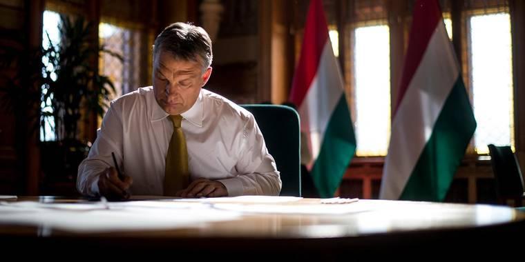 Victor Orban against George Soros - national feelings against globalism