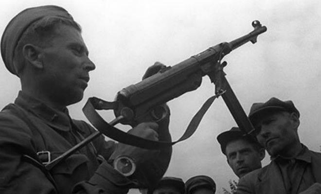 El uso de metralletas capturadas por los alemanes en la URSS