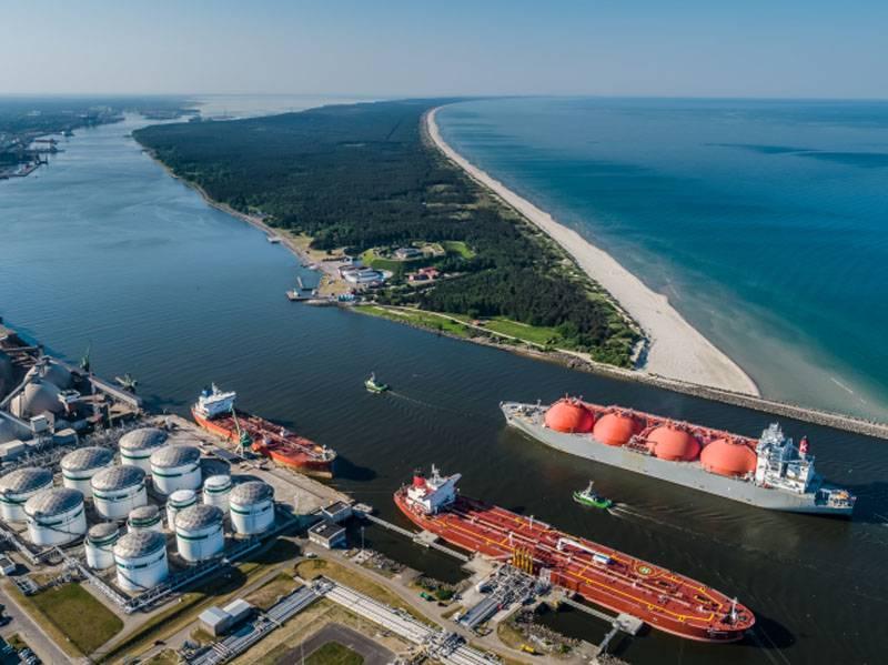 La compañía petrolera bielorrusa notifica a Lituania la suspensión del transbordo de carga a través del puerto de Klaipeda