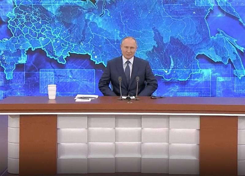Presidente Putin: Stiamo iniziando a scendere dall'ago del petrolio: il 70% delle entrate del bilancio non è dovuto al petrolio e al gas