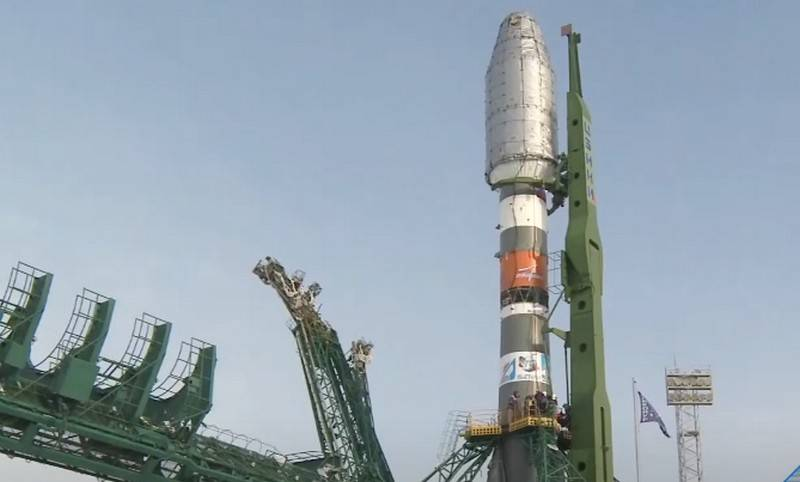 Soyuz-2.1b with British communications satellites launched from Vostochny cosmodrome