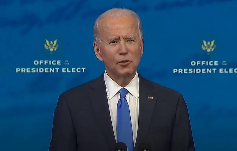 Joe Biden pretende impor novas sanções contra a Rússia