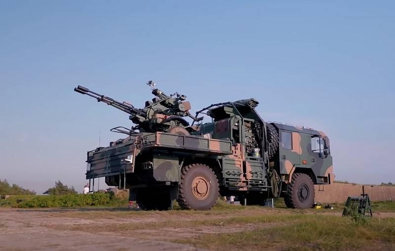 Um vídeo das filmagens do novo sistema de mísseis antiaéreos polonês PSR-A Pilica apareceu na web