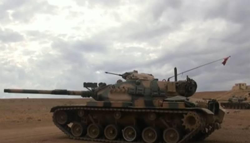 """""""In der Ebene könnten sie leichte Ziele für ATGMs sein"""" - kommentiert das Netzwerk den Eintritt türkischer Panzer in Nordsyrien"""