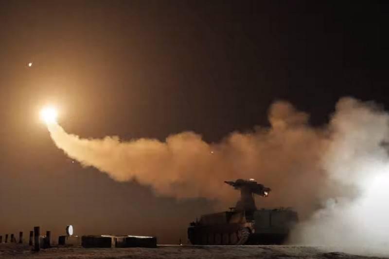 アップグレードされた対航空機誘導ミサイル9M333がシリーズになりました