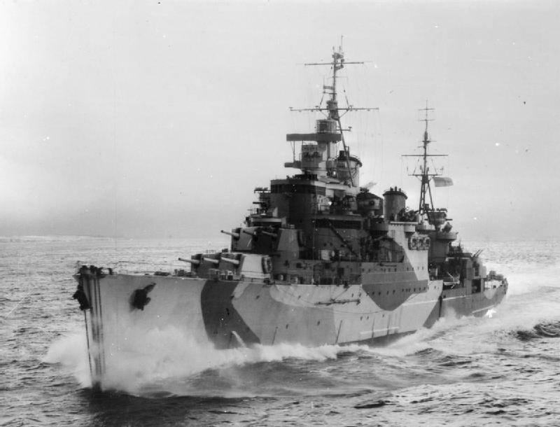 Navires de combat. Croiseurs. Messieurs britanniques astucieux