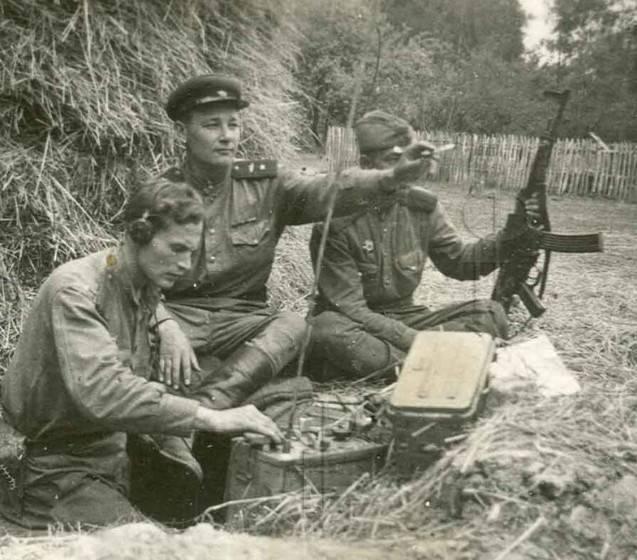 L'utilisation de fusils et de mitrailleuses allemands capturés en URSS