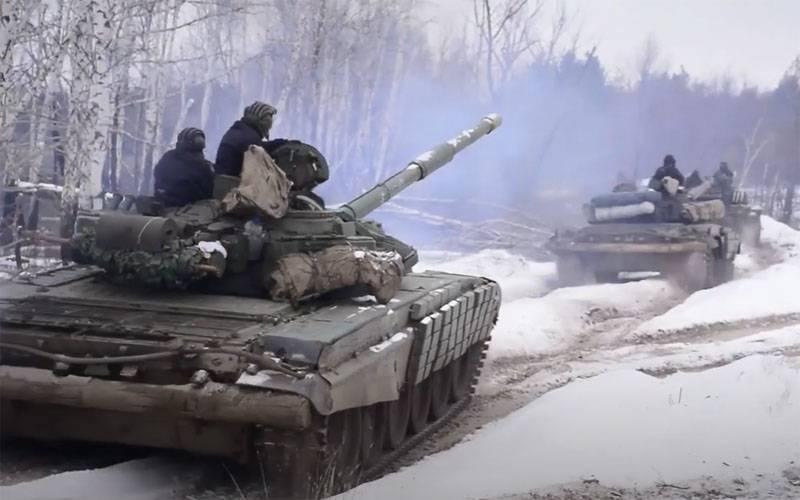 Украинский военный портал о маневрах в Луганской области: Танки Т-72 ВСУ готовятся к боевым действиям