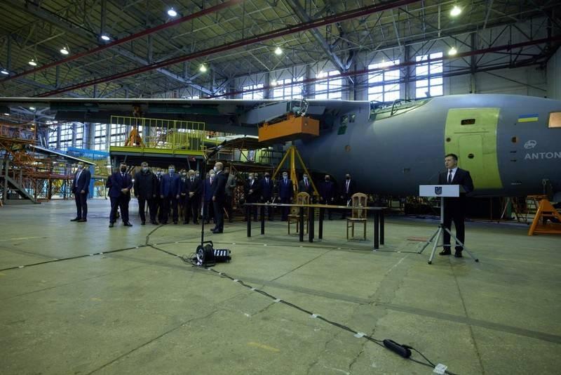 우크라이나 국방부는 우크라이나 군대를 위해 군사 수송기 An-178 XNUMX 대를 구매할 계획입니다.