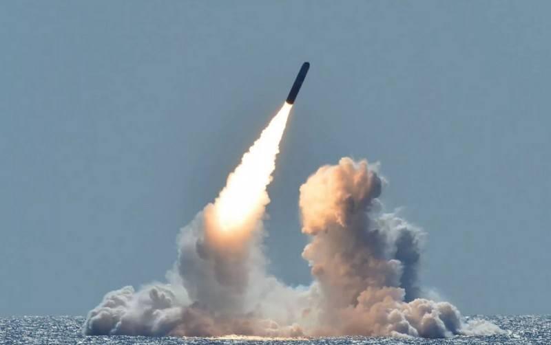 """ABD Donanmasına teslim edilen bir grup """"düşük verimli"""" nükleer savaş başlığı W76-2"""