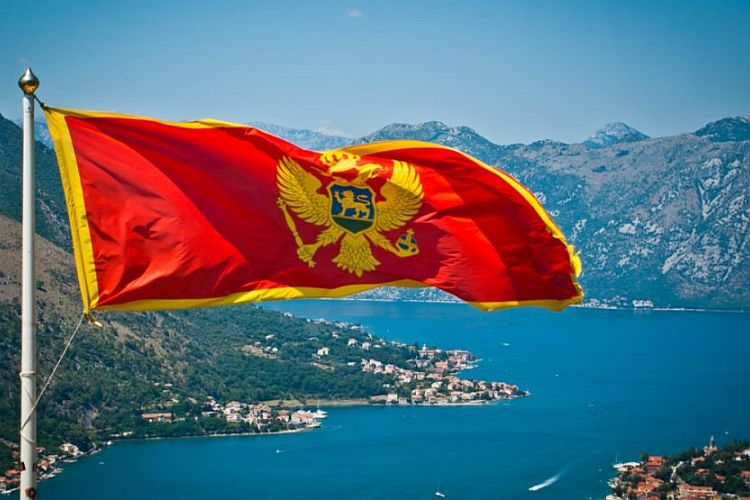 "The country that got scared. The pernicious landmarks of ""brotherly"" Montenegro"