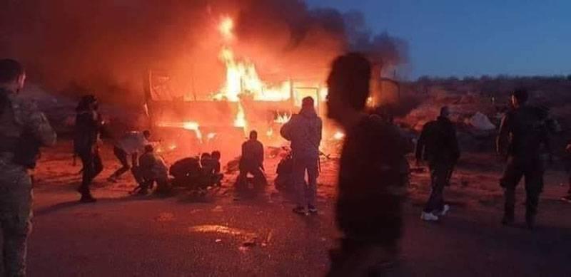 Afghan Tactics: Syrian military convoy ambushed on the Deir ez-Zor-Palmyra road