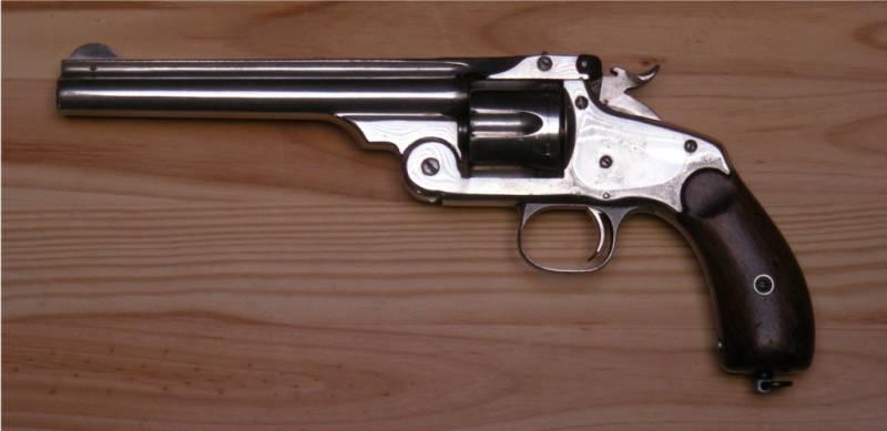 «Быстро перезарядить и убить лошадь» − револьвер «Смит и Вессон» в армии Российской империи