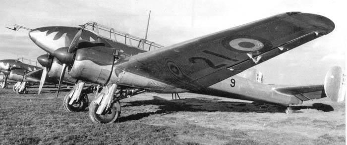 "Aviões de combate. ""Beaufighter"" quase francês"