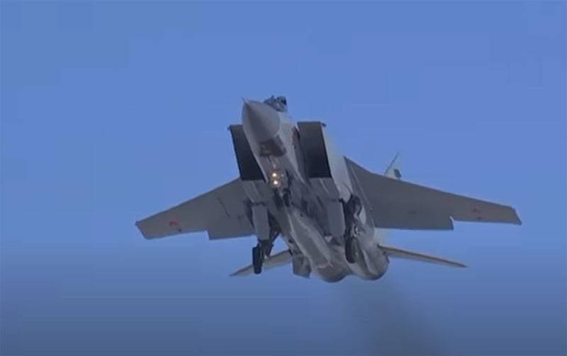En Europe: alors que les autorités américaines sont occupées à des querelles internes, la Russie place des complexes hypersoniques