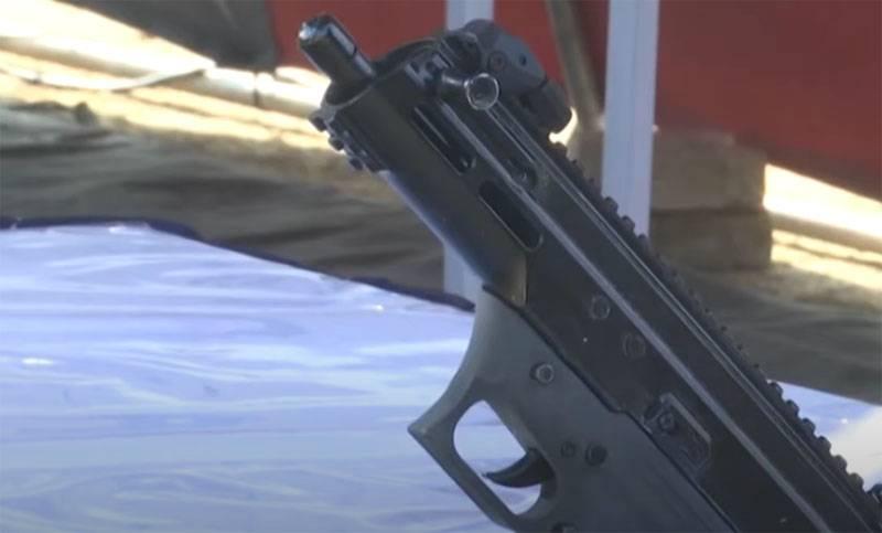 India has created its own ASMI submachine gun as an alternative to the Israeli Uzi