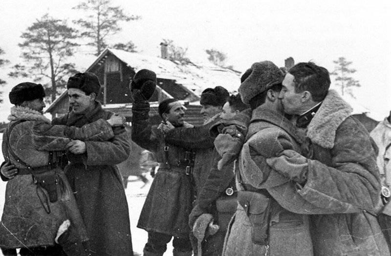 列宁格勒完全解放法西斯封锁的日子