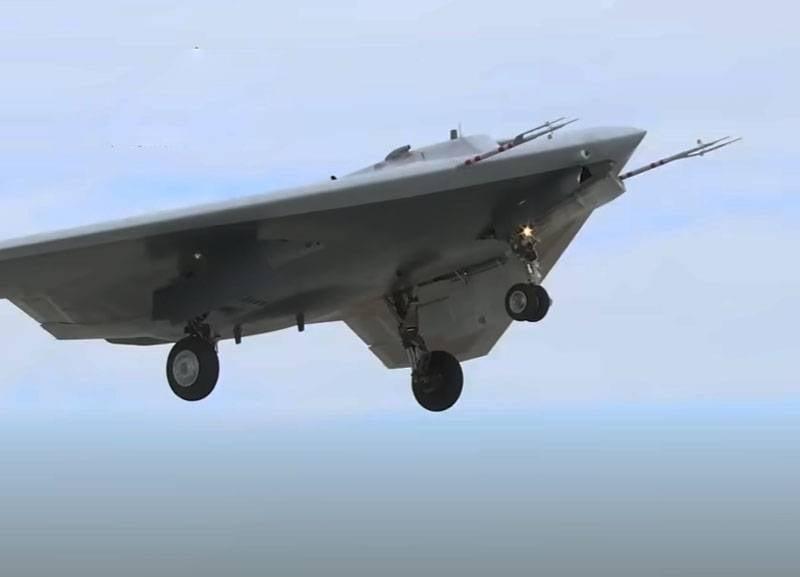 Озвучены некоторые данные о комплексе вооружений «Гром-Э» для ударного БПЛА «Охотник»