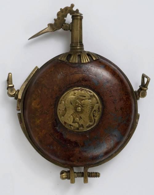पाउडर फ्लास्क 17 वीं सदी