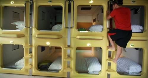 capsule apartment hong kong