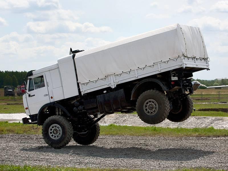 SuperKamAZ: armadura y 730 caballos de fuerza