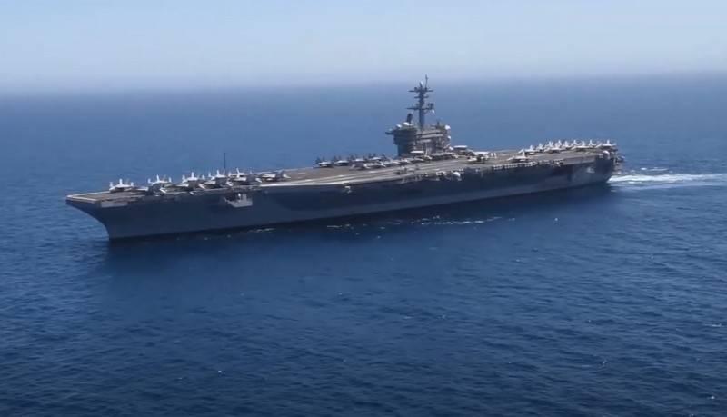 L'US Navy envisage de construire des porte-avions légers