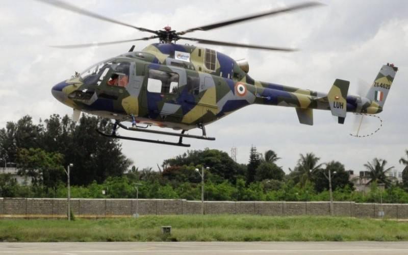 L'hélicoptère polyvalent léger indien LUH adopté par l'aviation de l'armée