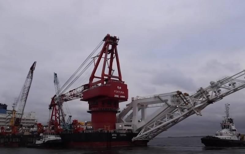 """""""독일은 손대지 않을 것"""": 미국은 """"Nord Stream-2""""에 대한 새로운 제재를 발표했습니다."""