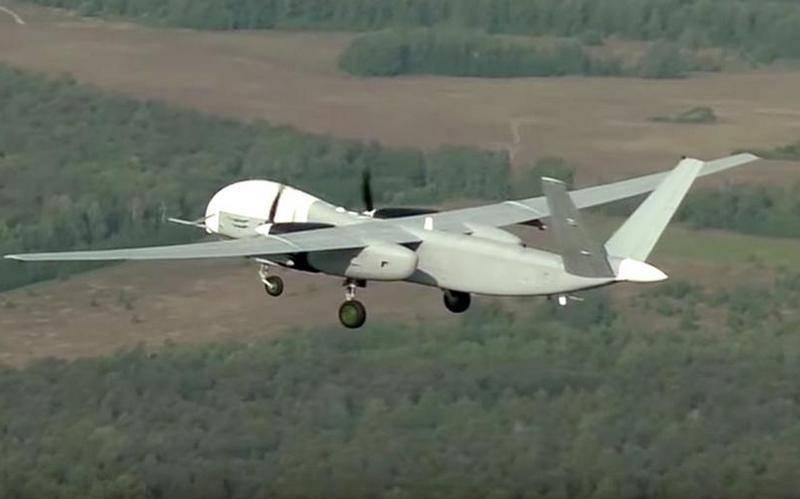 Savunma Bakanlığı, pilot bir grup Altius-U saldırı-keşif uçağı siparişi verdi.