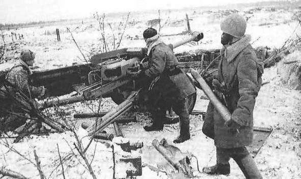 Uso di cannoni anticarro tedeschi catturati