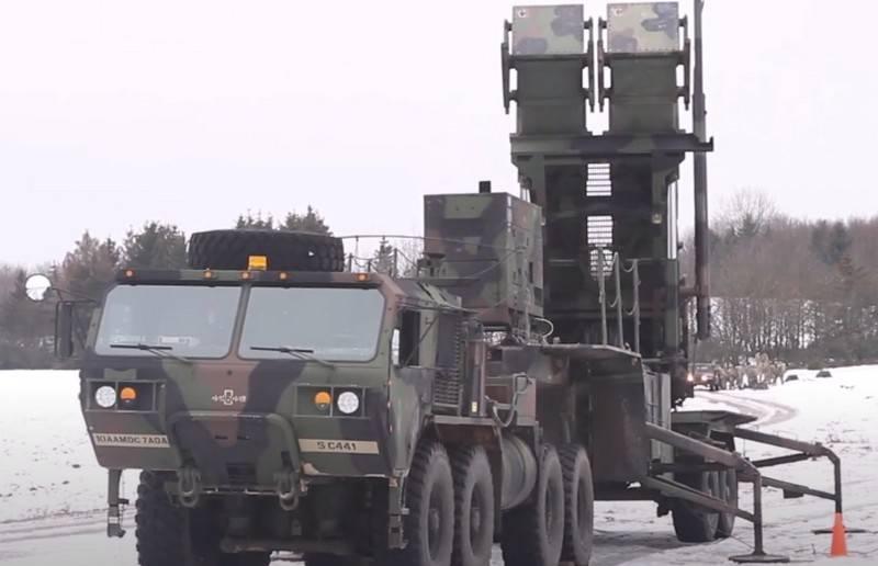 """""""Non vogliamo la guerra con Russia e Cina"""": gli Stati Uniti lamentano la mancanza di sistemi di difesa aerea"""