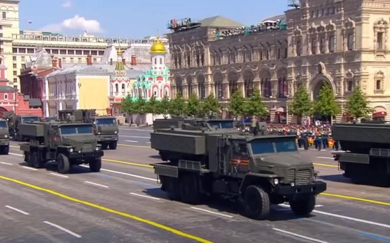 """I tempi dell'inizio dei test di stato del nuovo sistema lanciafiamme TOS-2 """"Tosochka"""""""
