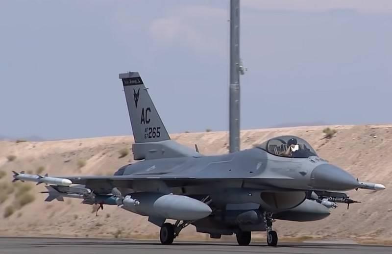 米空軍は戦闘機レーザーの大規模試験開始のタイミングを呼びかけた