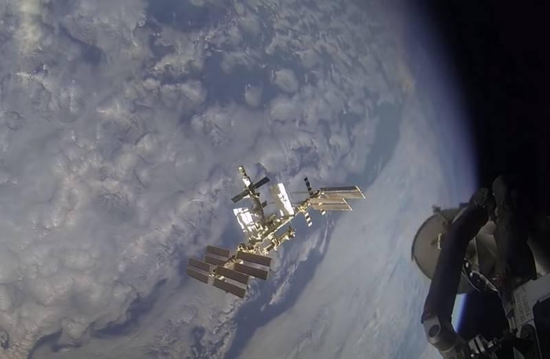 Roscosmos는 러시아 우주 정거장의 창조를 허용합니다