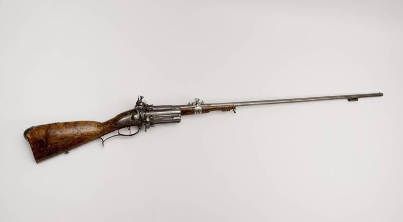 Самый ранний огнестрел: многозарядное оружие