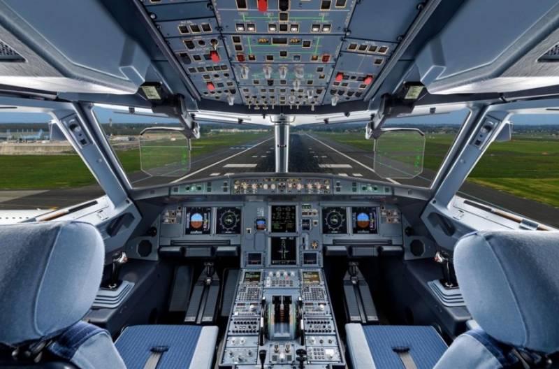 В США заявили, что пилоты авиалайнеров периодически встречают неопознанные цилиндрические объекты