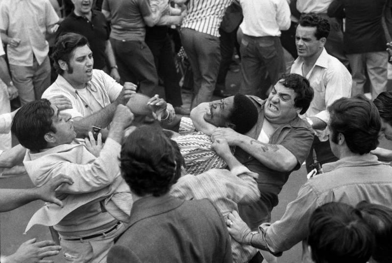 Нью-Йоркские «семьи» Бонанно, Луккезе, Коломбо и «Чикагский синдикат»