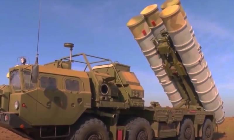 Турецкий министр: Если С-300 в Греции совместимы с системой ПВО НАТО, то совместимы с ней и ЗРК С-400 в Турции
