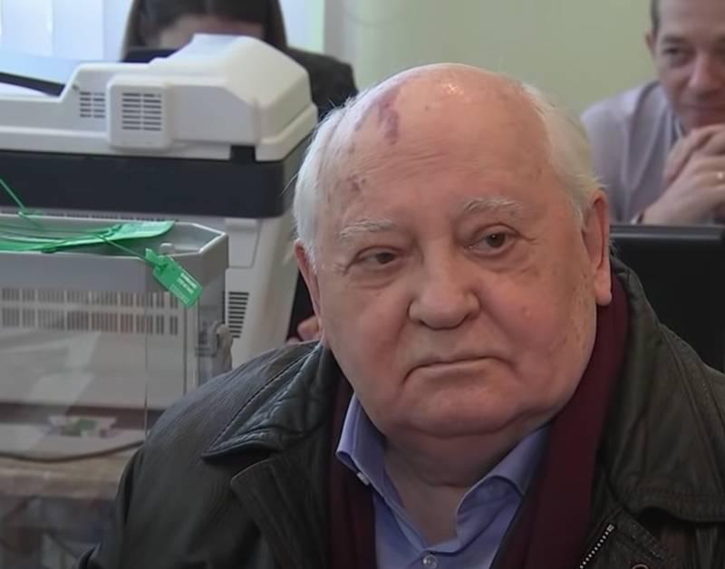 """""""Gorbatchev a donné la liberté à la Russie"""": les libéraux félicitent l'ancien secrétaire général pour son 90e anniversaire"""