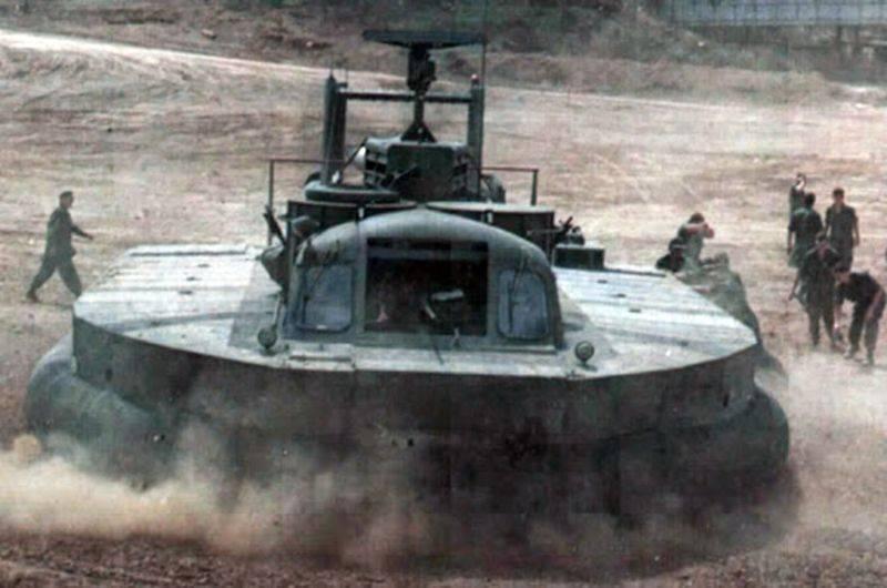 वियतनाम में होवरक्राफ्ट। PACV SK-5