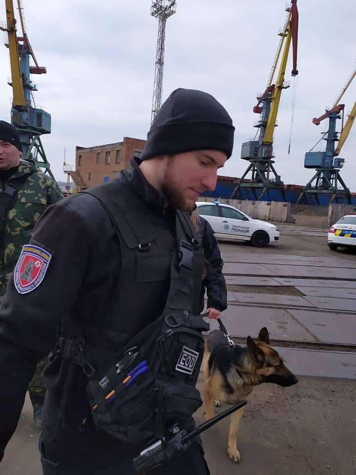 """""""Segundo Beirut"""": los oficiales de la SBU realizaron un entrenamiento sobre la colocación de """"explosivos"""" debajo de un almacén de salitre en el puerto de Nikolaev"""