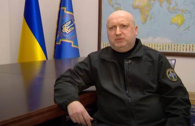 Turchynov: Ukrayna nükleer silahlardan vazgeçmeseydi, Kırım bizimle kalırdı