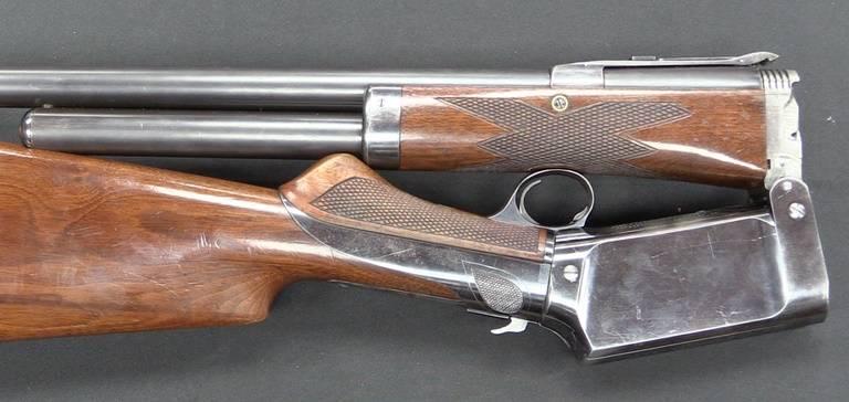 Fusils à levier inconnus: Colt Burgess contre Winchester
