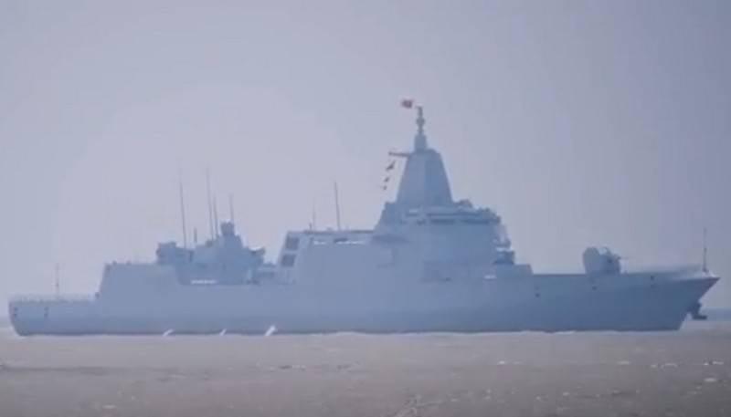 ВМС Китая пополнились вторым новейшим эсминцем проекта 055