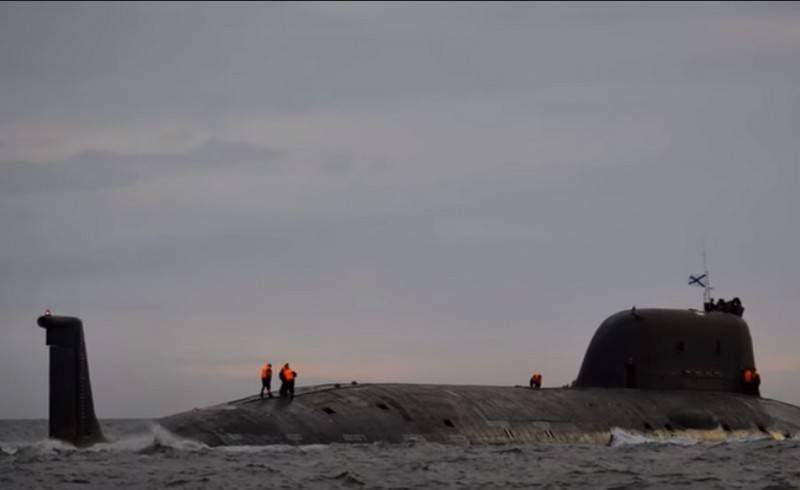 近代化されたプロジェクトの最初のシリアル「アッシュ」が艦隊に移管された日付
