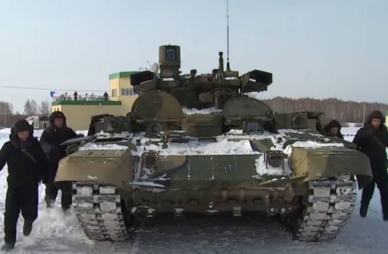 """Le ministère de la Défense a procédé à des tirs de contrôle du BMPT """"Terminator"""""""