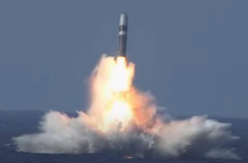 """""""Bedrohung durch Russland und China"""": Großbritannien beabsichtigt, sein Atomarsenal zu erweitern"""