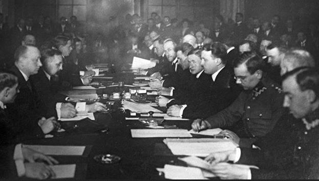 Por que a Rússia em 1921 cedeu parte de suas terras à Polônia