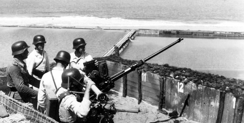 포획 된 독일의 20-mm 대공포 사용